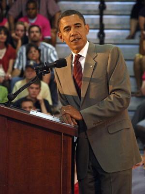 Barack Obama at Glendale High School.