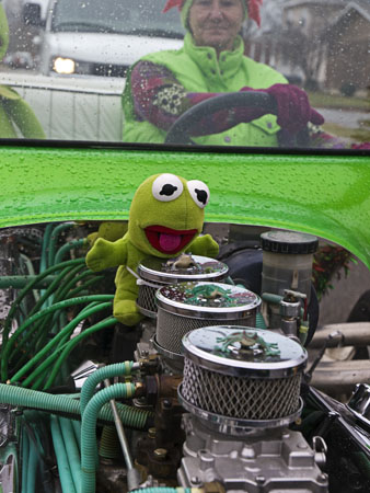 Kermit and the Christmas parade.