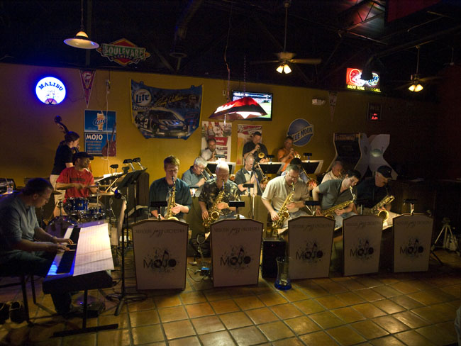 MOJO the Missouri Jazz Orchestra played at Archie's Sports Bar on Campbell.