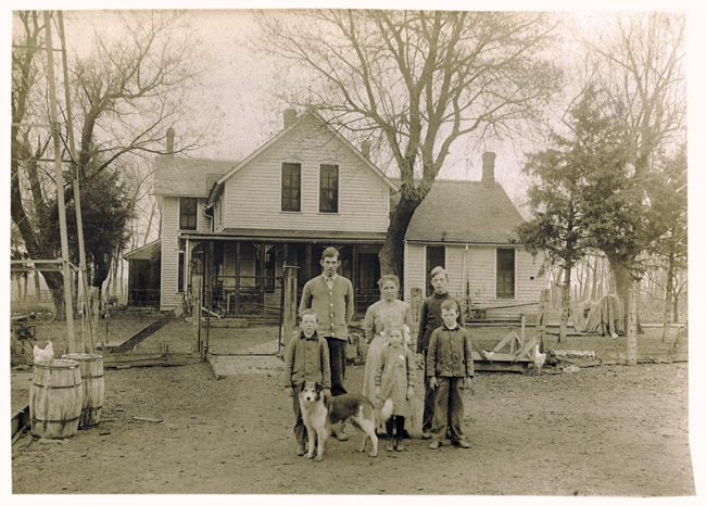 The family Sprick on the farm near Telebasta, Nebraska