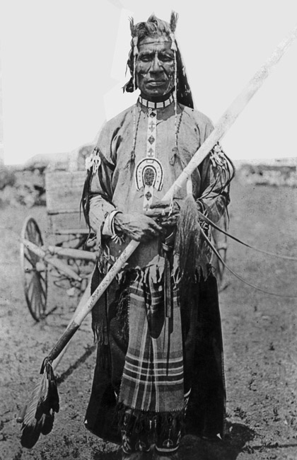 Can anyone tell me the tribe and identity of this gentleman?