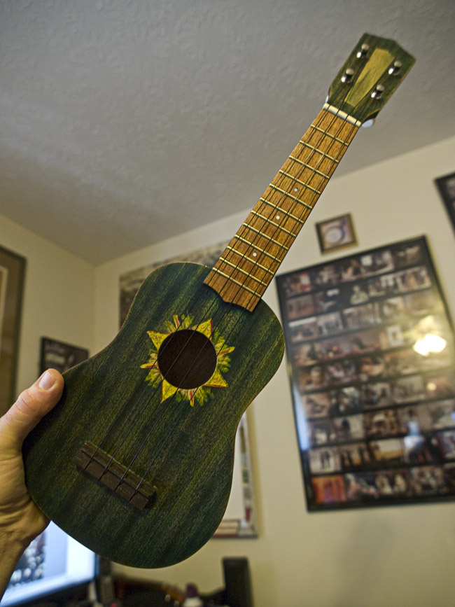 Painted ukulele james k radke for Decoration ukulele