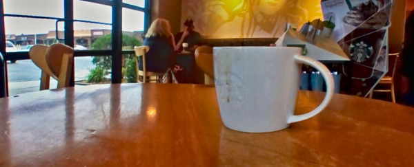 Coffee table panorama