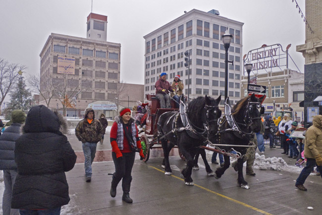 The 2013 Springfield, MO Christmas parade circled Park Central Square