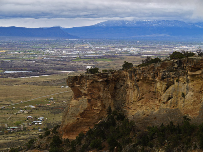 A view of Grand Junction, CO from the west end of the Colorado National Monument