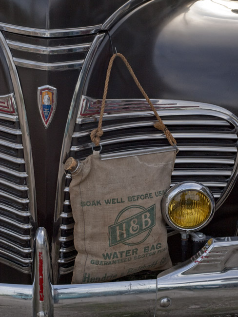Linen air-cooled water bag on a black Chrysler