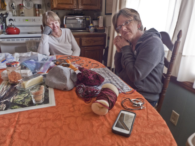 My mother Eileen  and my sister Elisa talked about jewelry and crochet yarn.