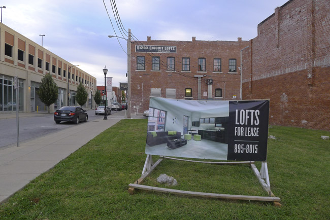 Signs in Springfield, Lofts for Lease