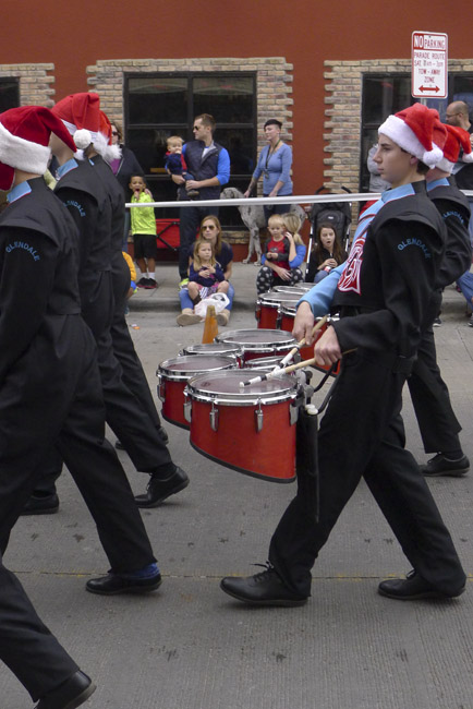 Glendale Marching band drummers
