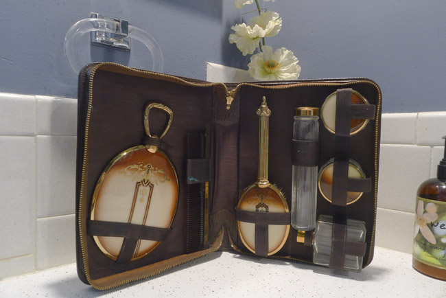 Art Deco Vanity Set
