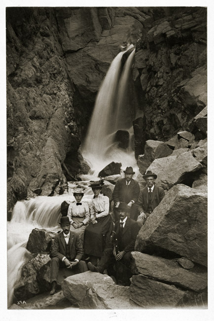 Casual group portrait with Oregon waterfall, circa 1930's