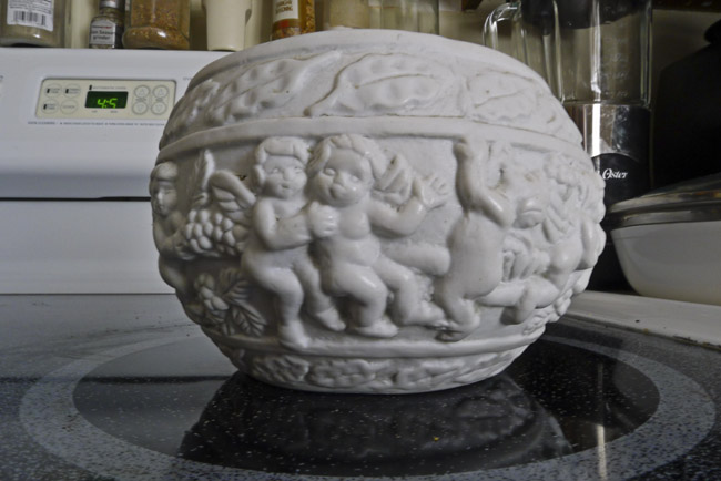 Hand pressed bacchian porcelain bowl
