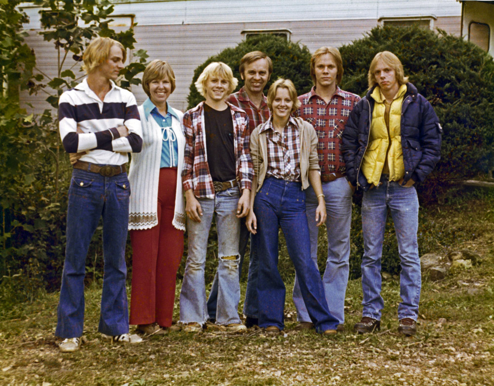 From left to right; Gregory Alan, Eileen Joy, David Paul, Bernard James, Elisa Ann, James Kent, and Michael Lee
