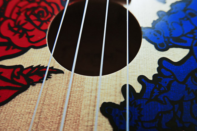 An Alvarez Grateful Dead themed concert Ukulele, Lightning