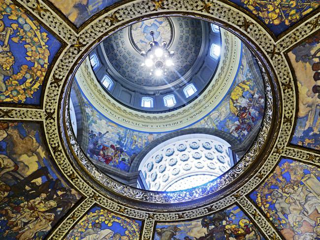 The Missouri State capital dome
