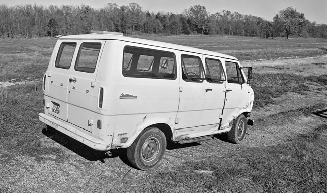 $100 garage find, 1970 Ford Club Wagon
