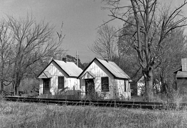 Tenement shacks, Springfield, Missouri, circa 1978