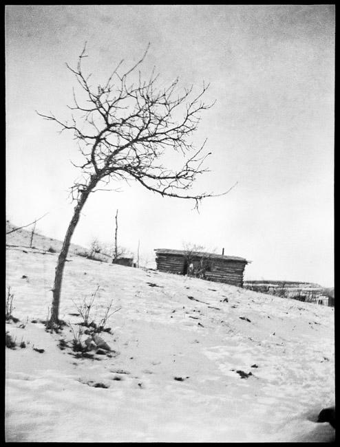 A cold winter's day, circa 1919